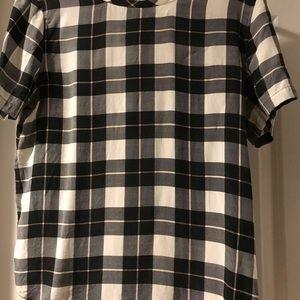 Equipment size s silk shirt sleeve blouse.